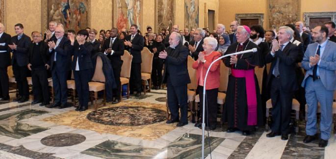De Focolare universiteit Sophia op audiëntie bij de Paus