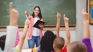maestra-dando-clase