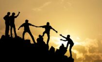 Paz, igualdad y liderazgo, tres pasos firmes hacia el mundo unido