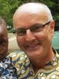 Costa de Marfil: un sacerdote en bicicleta