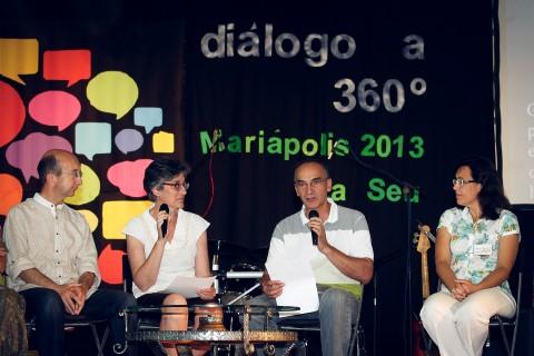 """800 """"artistas del diálogo"""""""