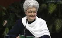 La mujer, educadora de paz
