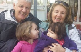 I nonni possono trasmettere la fede ai nipoti.