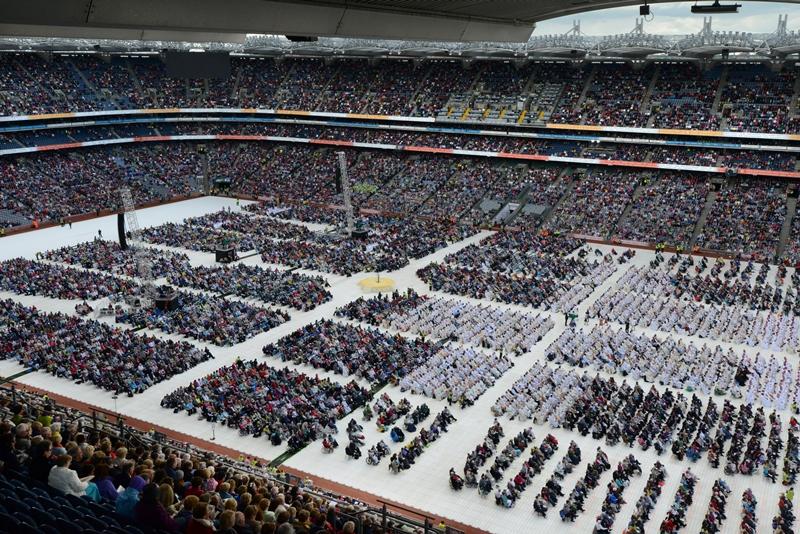 Ecumenism Flourishes at 50th International Eucharistic Congress
