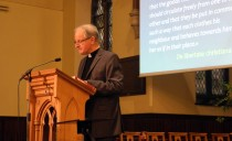 Catholic priest explains Luther in Presbyterian church