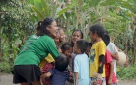 Philippines: Friendship instead of video games