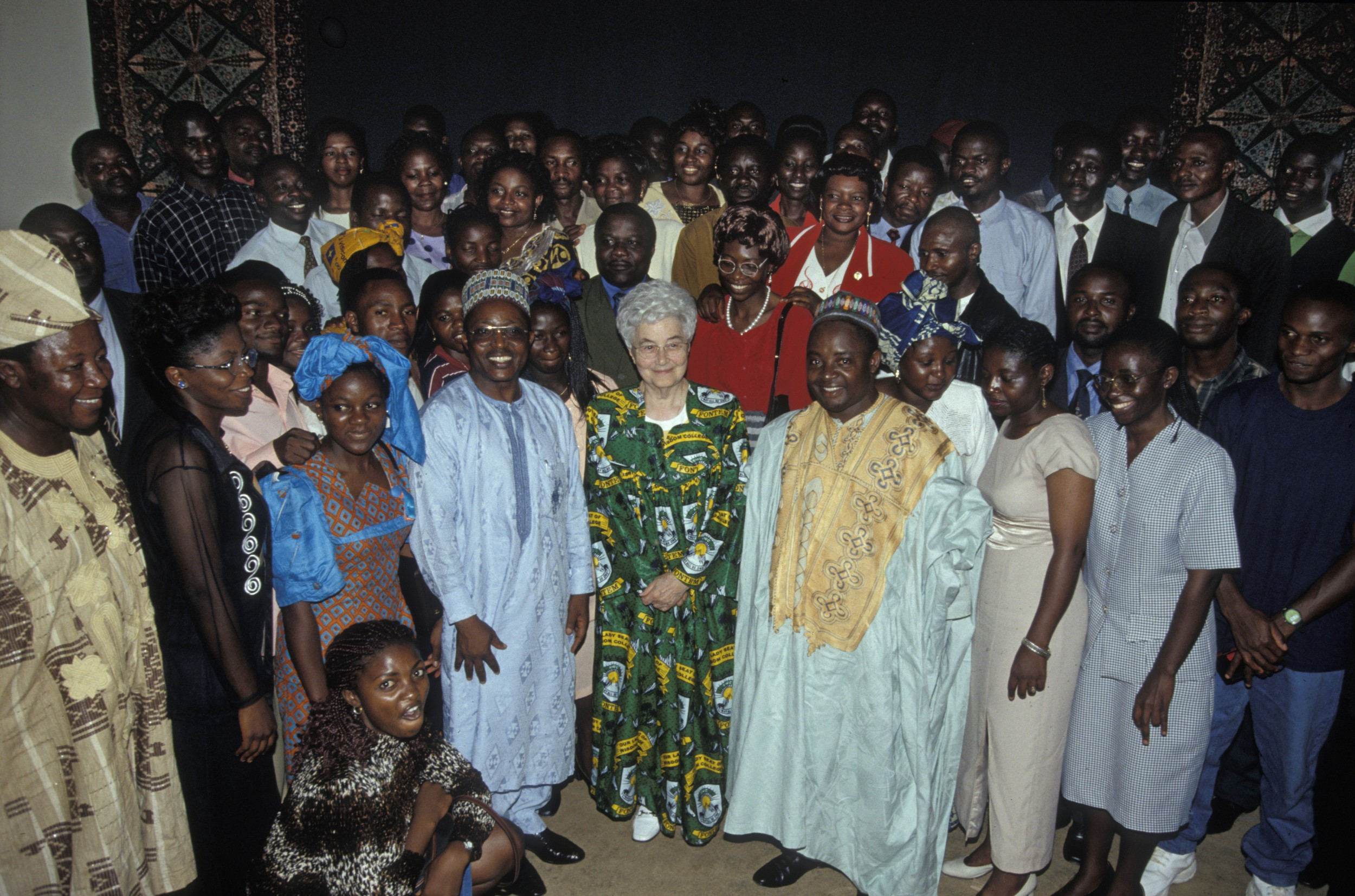 Chiara Lubich a Fontem (Camerun), Maggio 2000 – © CSC Audiovisivi