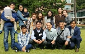 South Korea: families and young people in solidarity