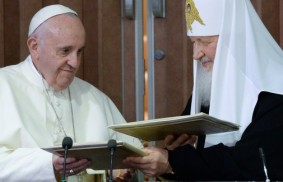 Francis and Kirill: Unity is reached by walking with one another