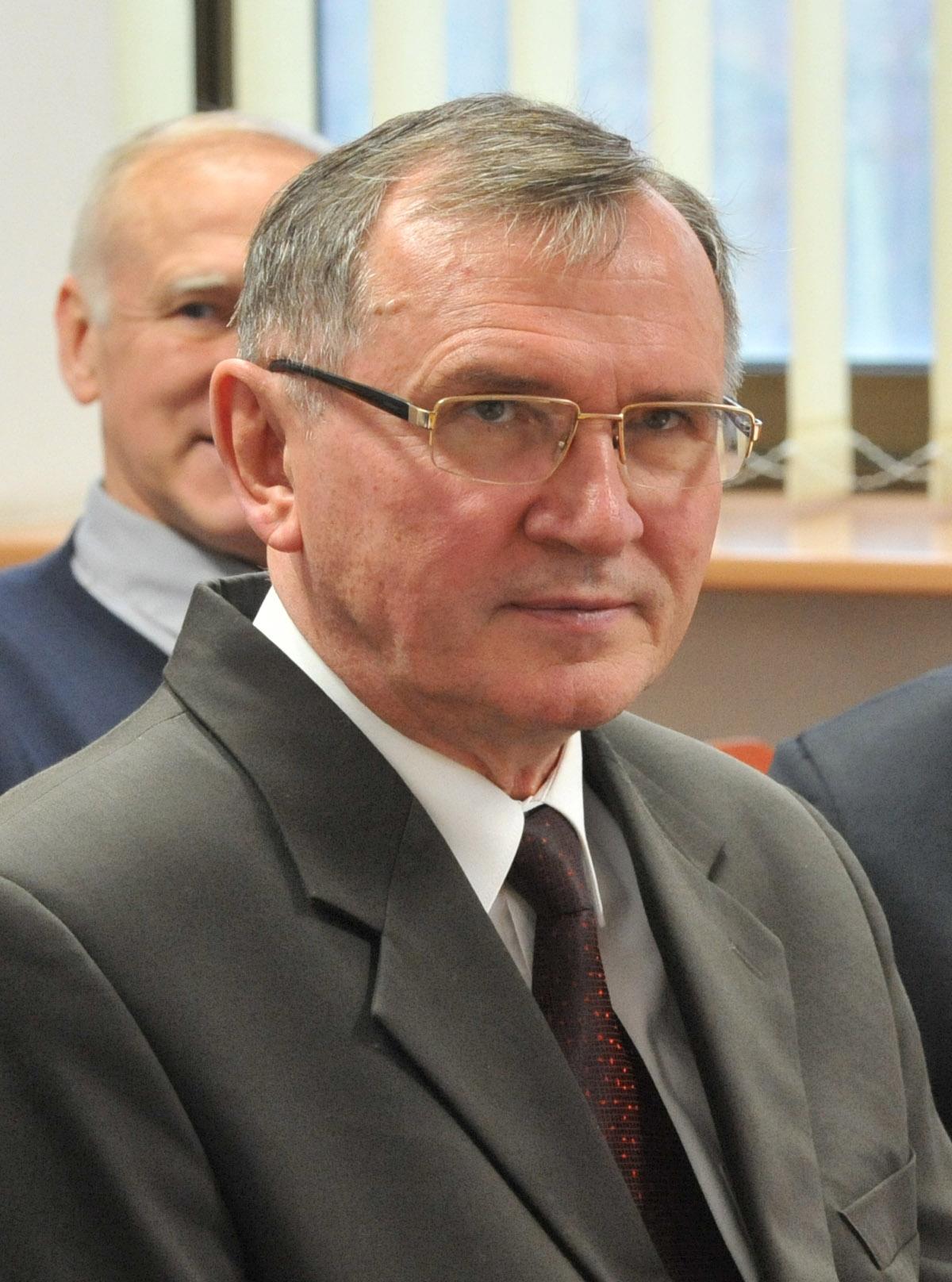 Prof AdamBiela