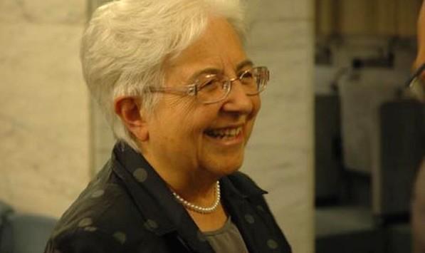 """Maria Voce:  """"Reinventar a paz"""""""