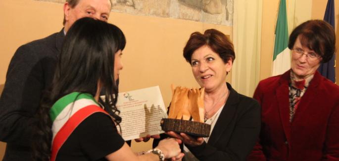"""Al Comune di Assisi il premio """"Chiara Lubich per la fraternità"""""""