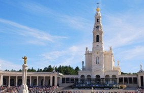 Pope Francis visits Fatima