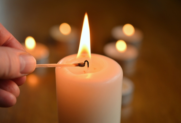 candle-1750640_1280_01