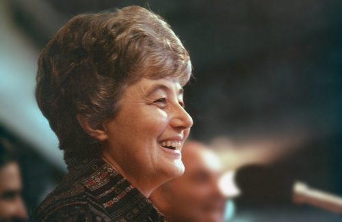 "Chiara Lubich: ""May peace return"""