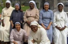 附屬於普世博愛運動的修女:40載的歷史