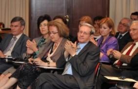 國際外交使節:借鏡沃伊蒂瓦與盧嘉勒