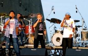 世青日:紅新青國際樂隊在巴賽隆納(Barcellona)慶節中演出