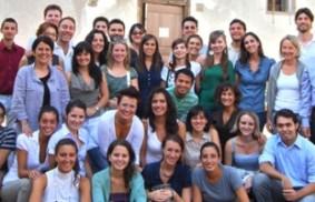 青年在意大利特倫托省的唐納迪哥學習『阿拉伯的春天』