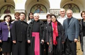史坦尼洛亞神父(Padre Dumitru Stăniloae)與盧嘉勒神學思想的比較