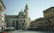 阿斯高里.皮岑諾(Ascoli Piceno)──我愛我城市