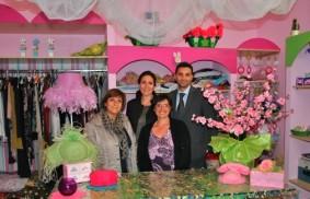 鐵窗後的「粉色精品店」