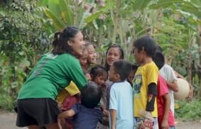 菲律賓達瓦 – 用友誼代替遊戲機